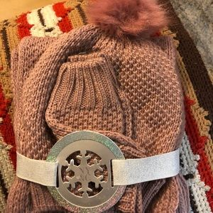 NewYork and Company Pom hat scarf and gloves set